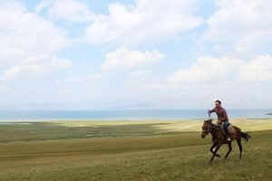 How to go horse riding in Kyrgyzstan Lake Song Kol