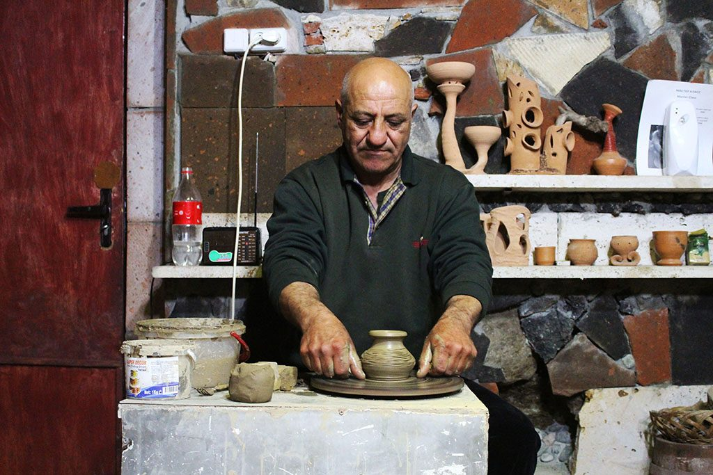Pottery making in Armenia