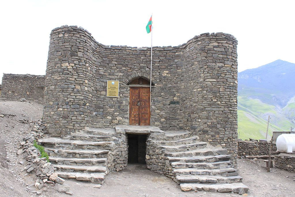 Xinaliq Azerbaijan guide