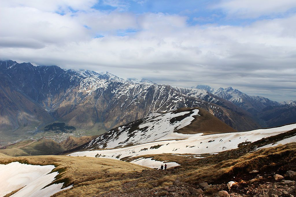 Hiking guide for Kazbegi
