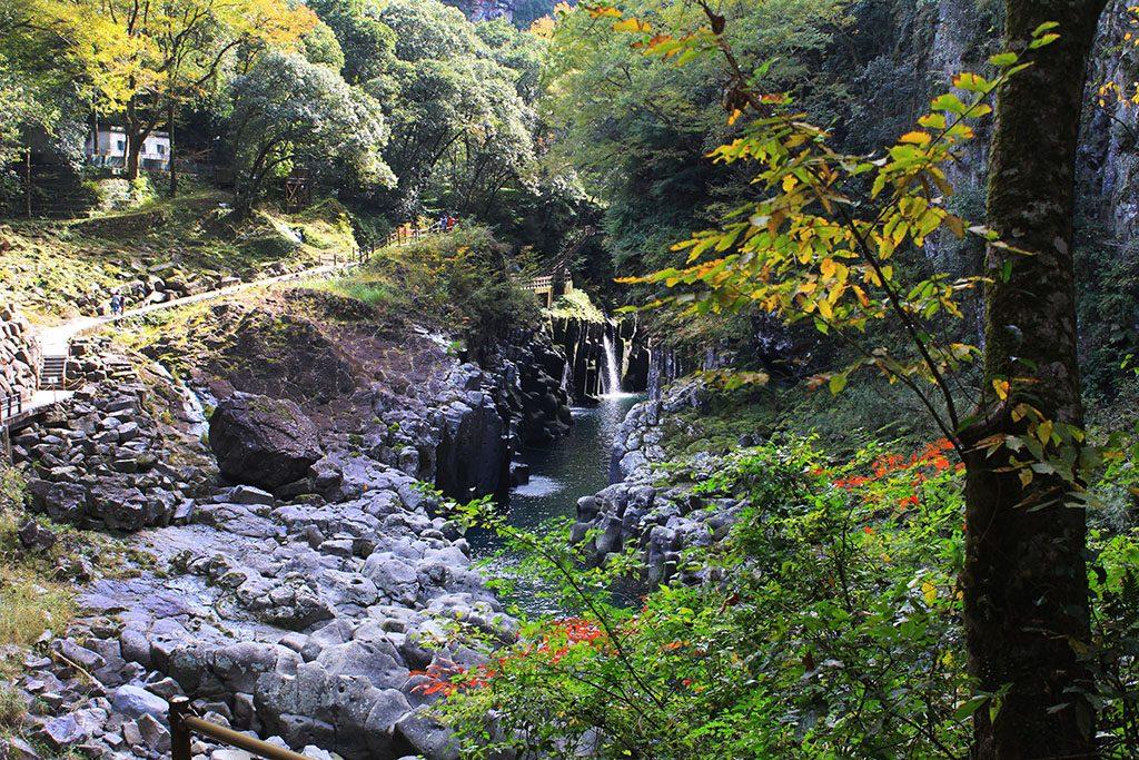 Takachiho Gorge walk