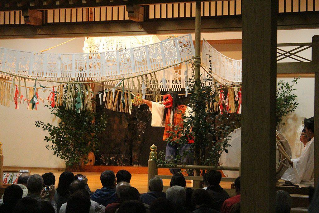 Takachiho Gorge Kagura Dance guide