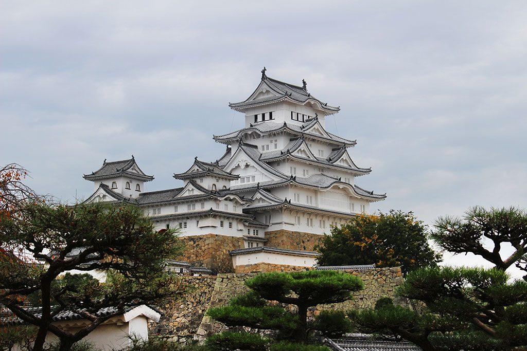 visit Himeji Castle