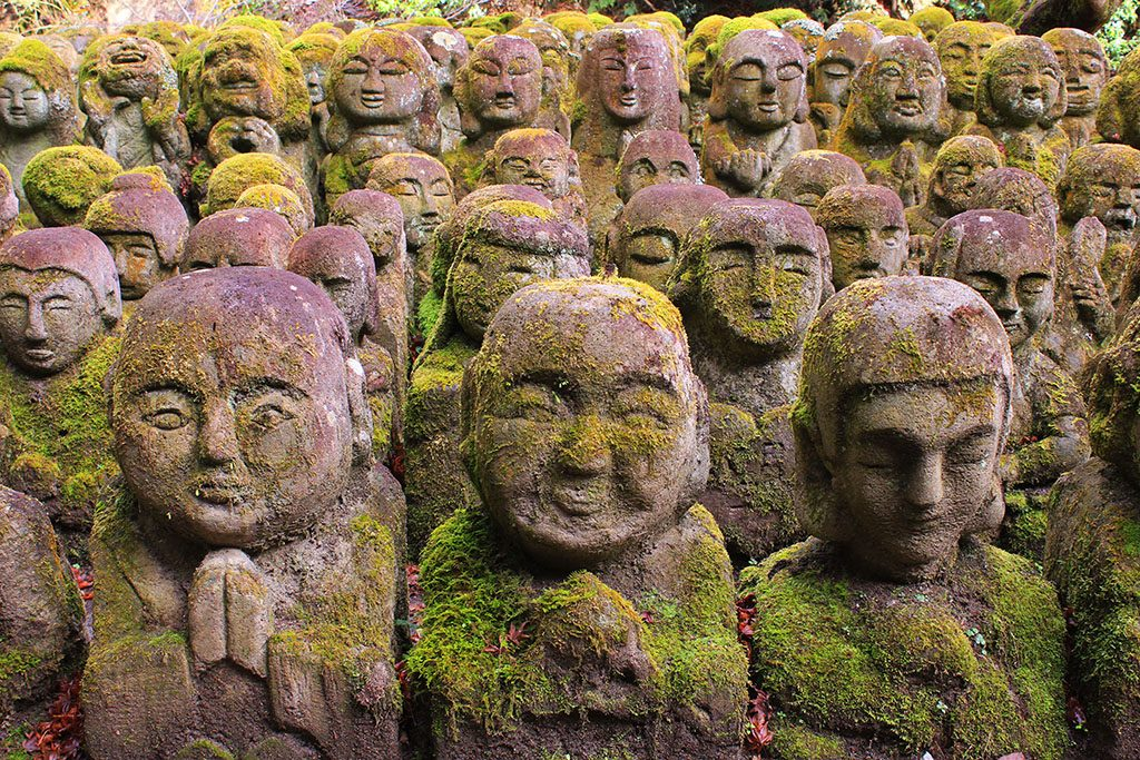 12,000 Buddhas in Kyoto guide