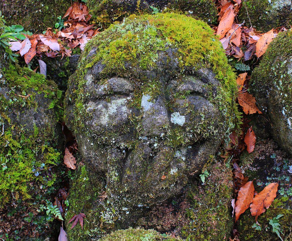 12,000 laughing buddhas Kyoto guide