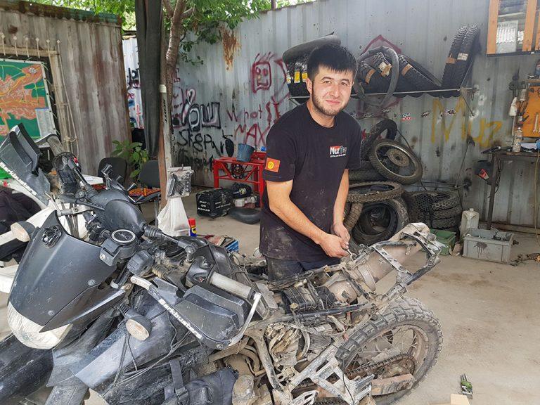 Muz Too mechanic in Osh Kyrgyzstan
