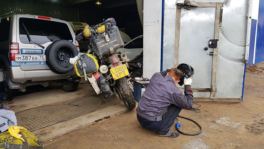 Motorcycle welding in Russia