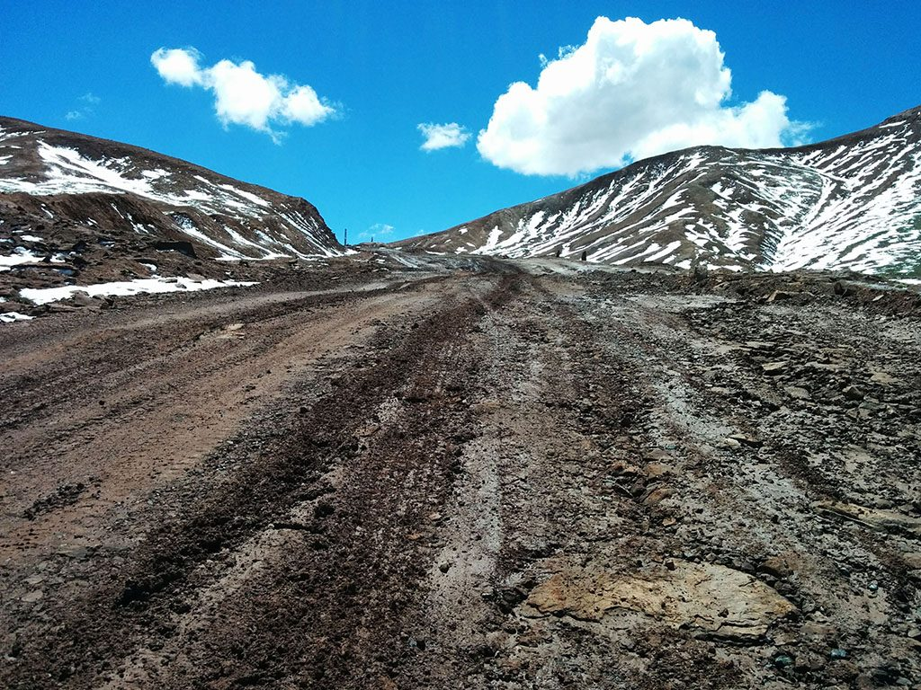 road conditions in the pamir mountains guide
