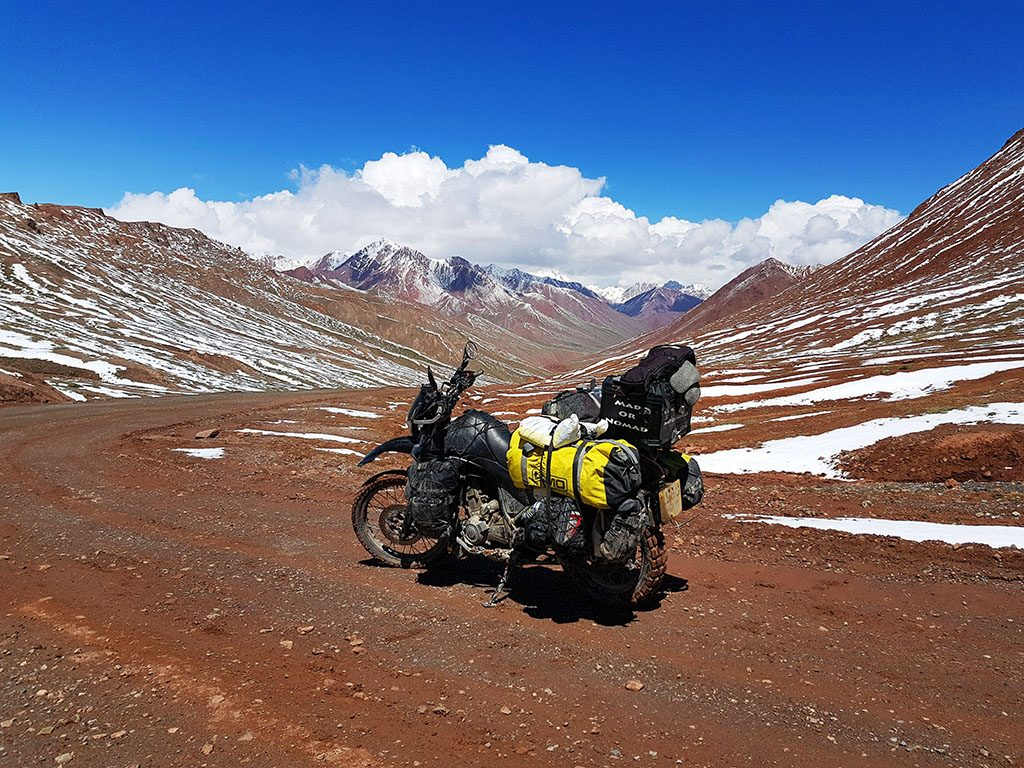 motorcycling in no-man's land in Tajikistan and Kyrgyzstan