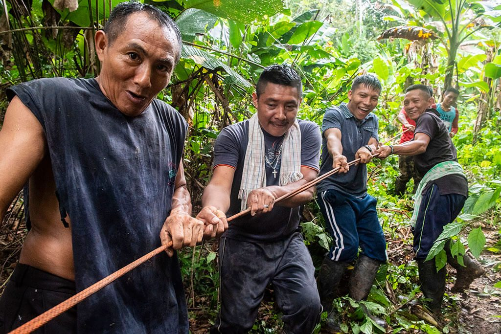 Ghava men in Darien Gap