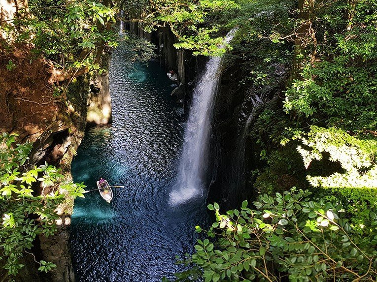 How to visit Takachiho gorge Japan