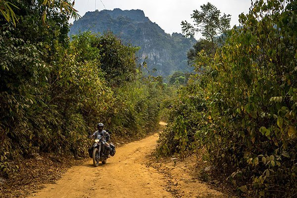 The 5 best things to do in Laos on a motorcycle