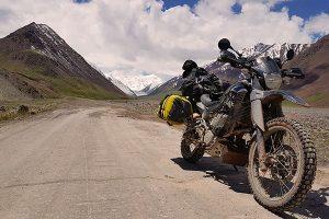 Kyrgyzstan motorcycle travel (1)